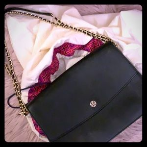Tory Burch' black purse